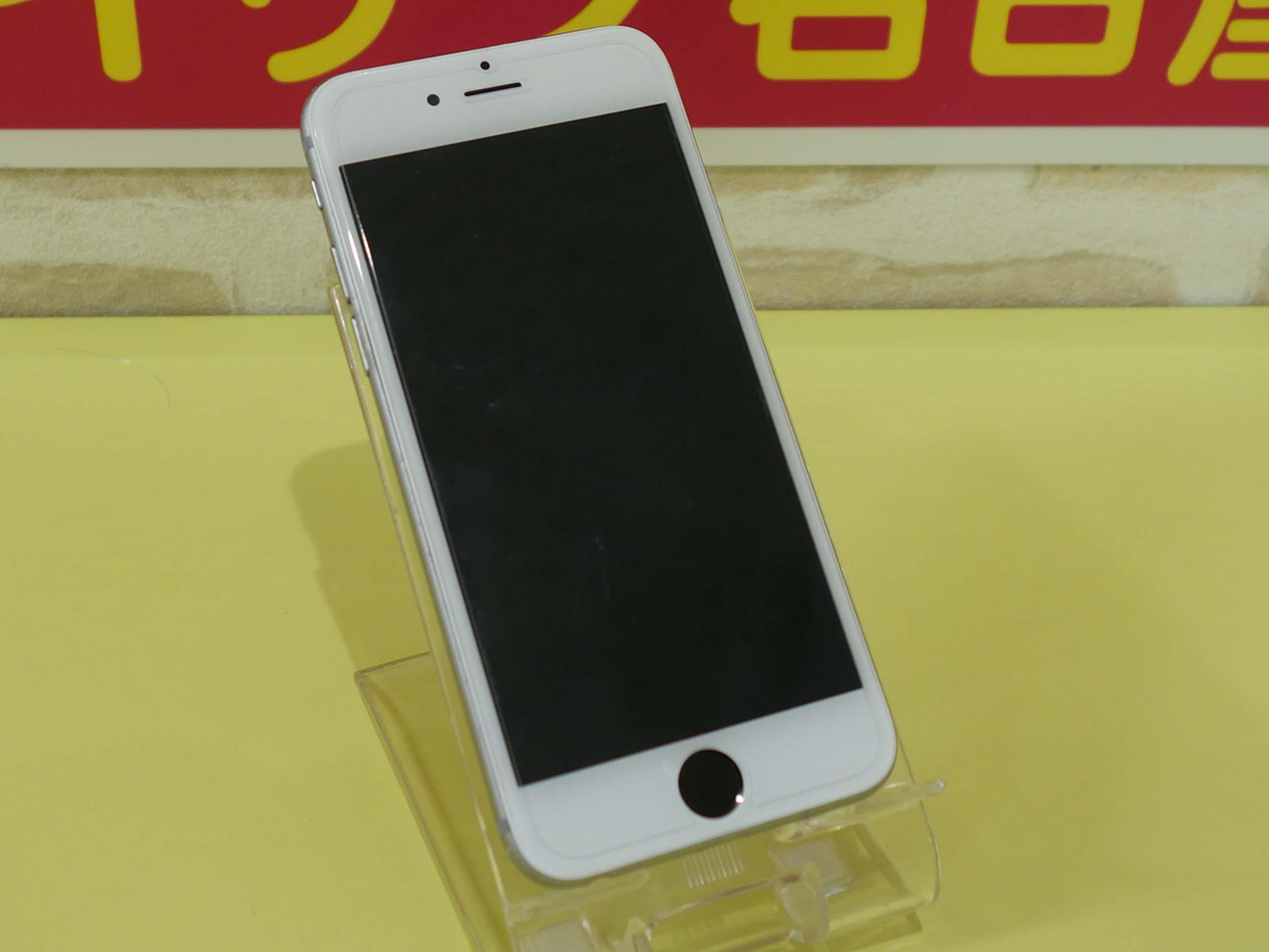 自己分解でバックライト切れのiPhone6Sの基盤修理にご来店!アイフォン修理のクイック名古屋
