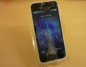 ホワイトボディのiPhone 5C ガラス交換修理完了~♪アイフォン修理のクイック名古屋