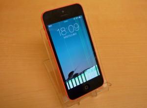 液晶が割れたiPhone 5C 即日、修理完了しました~♪アイフォン修理のクイック名古屋