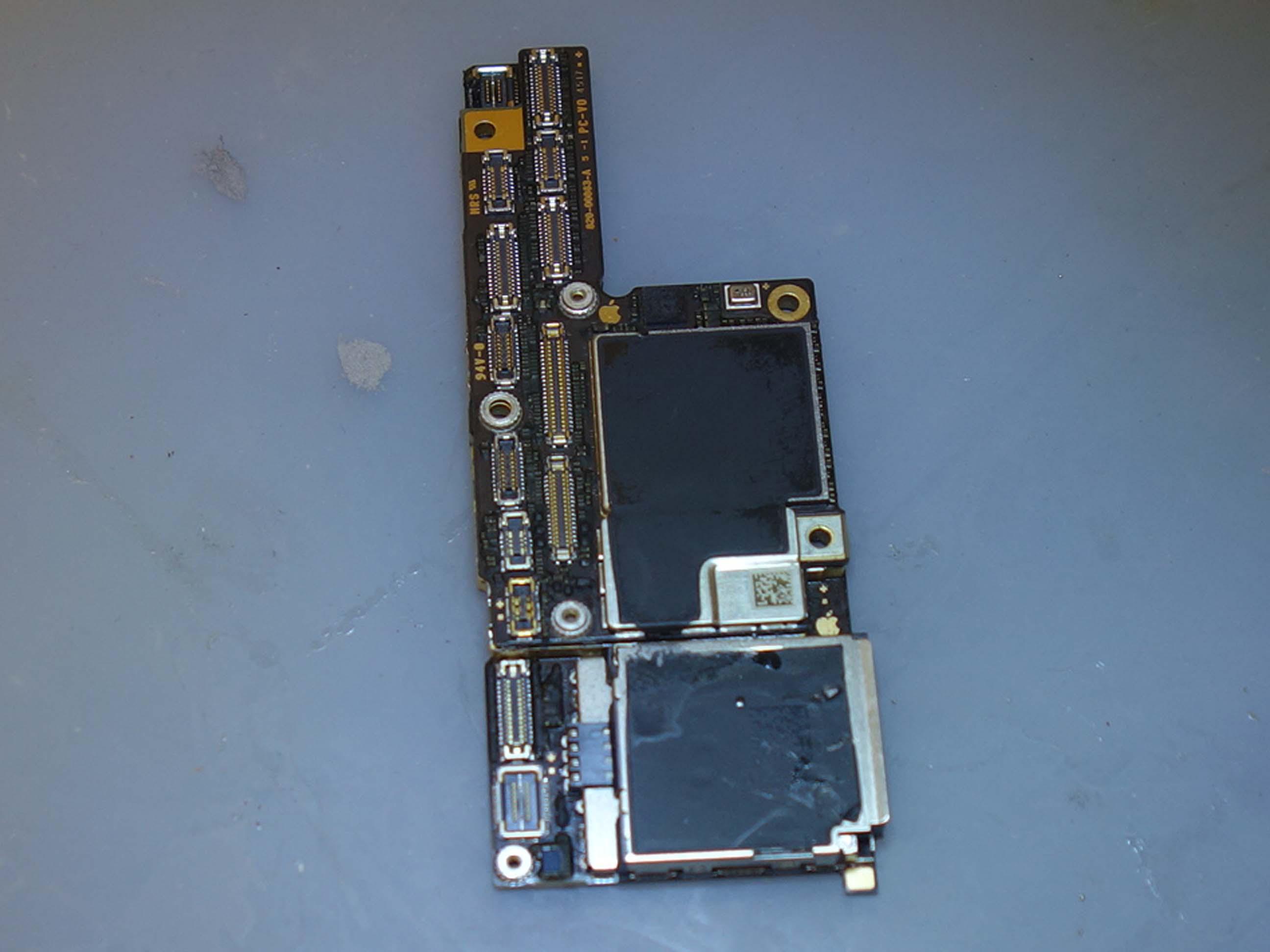 アイフォン基板修理はクイック名古屋